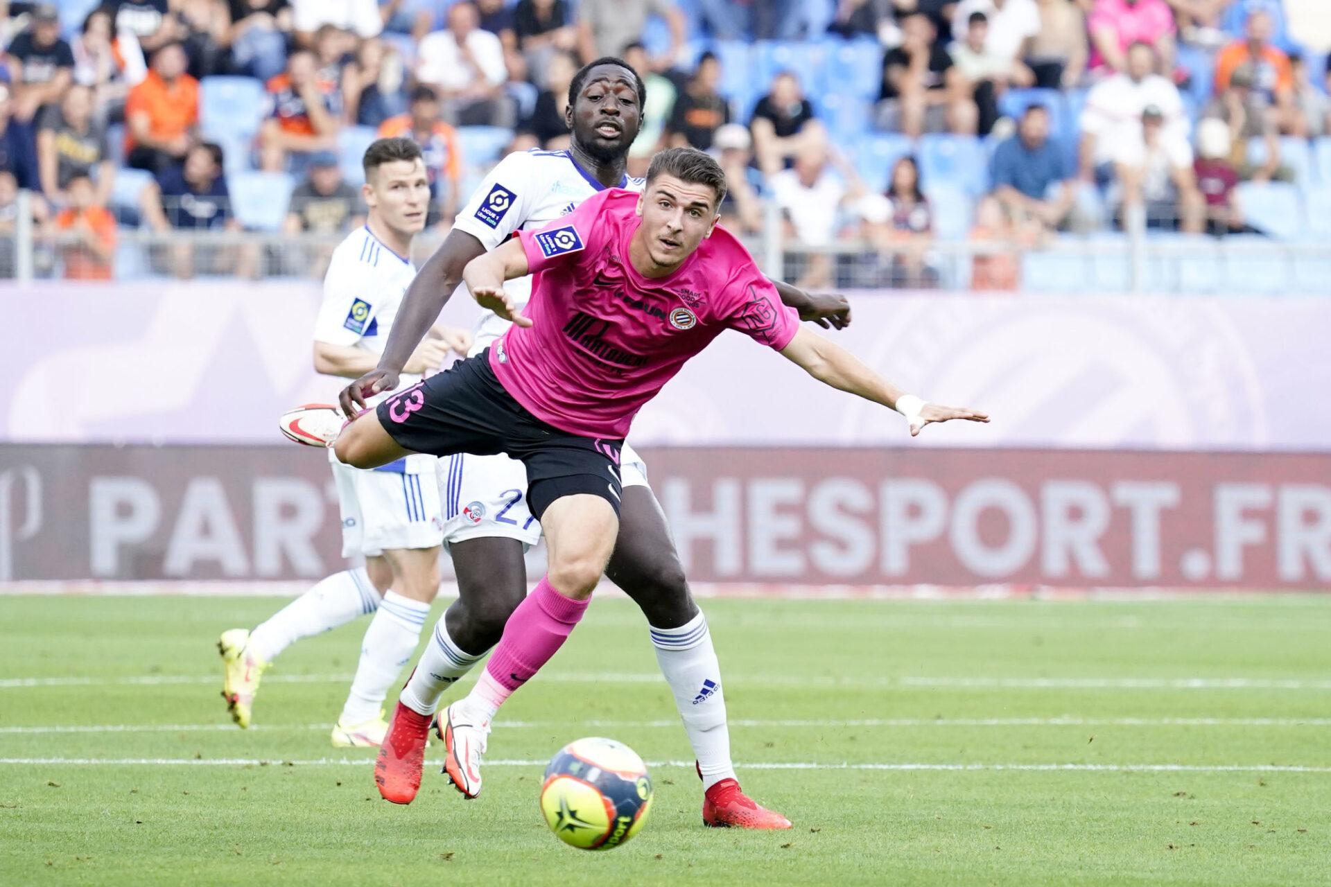 Le Montpellier de Joris Chotard n'a pas réussi à faire tomber le Strasbourg d'Ibrahima Sissoko. Icon Sport