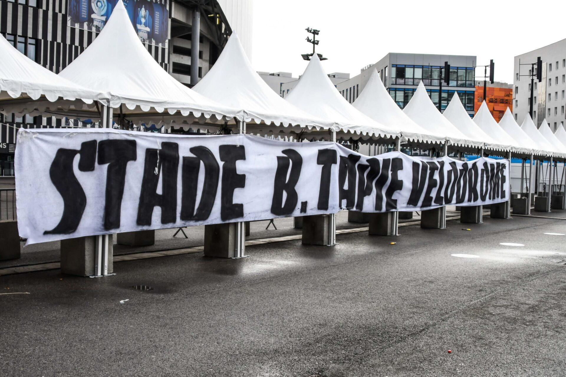 Des voix s'élèvent pour rebaptiser l'Orange Vélodrome en stade Bernard Tapie (IconSport)