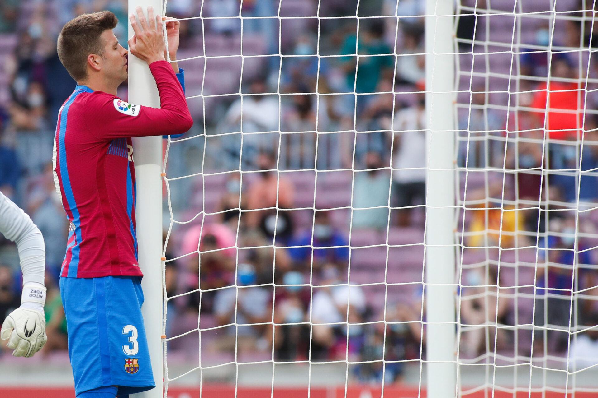 Début de saison très difficile pour le Barça, dernier de son groupe en Ligue des champions et neivième de Liga. Icon Sport