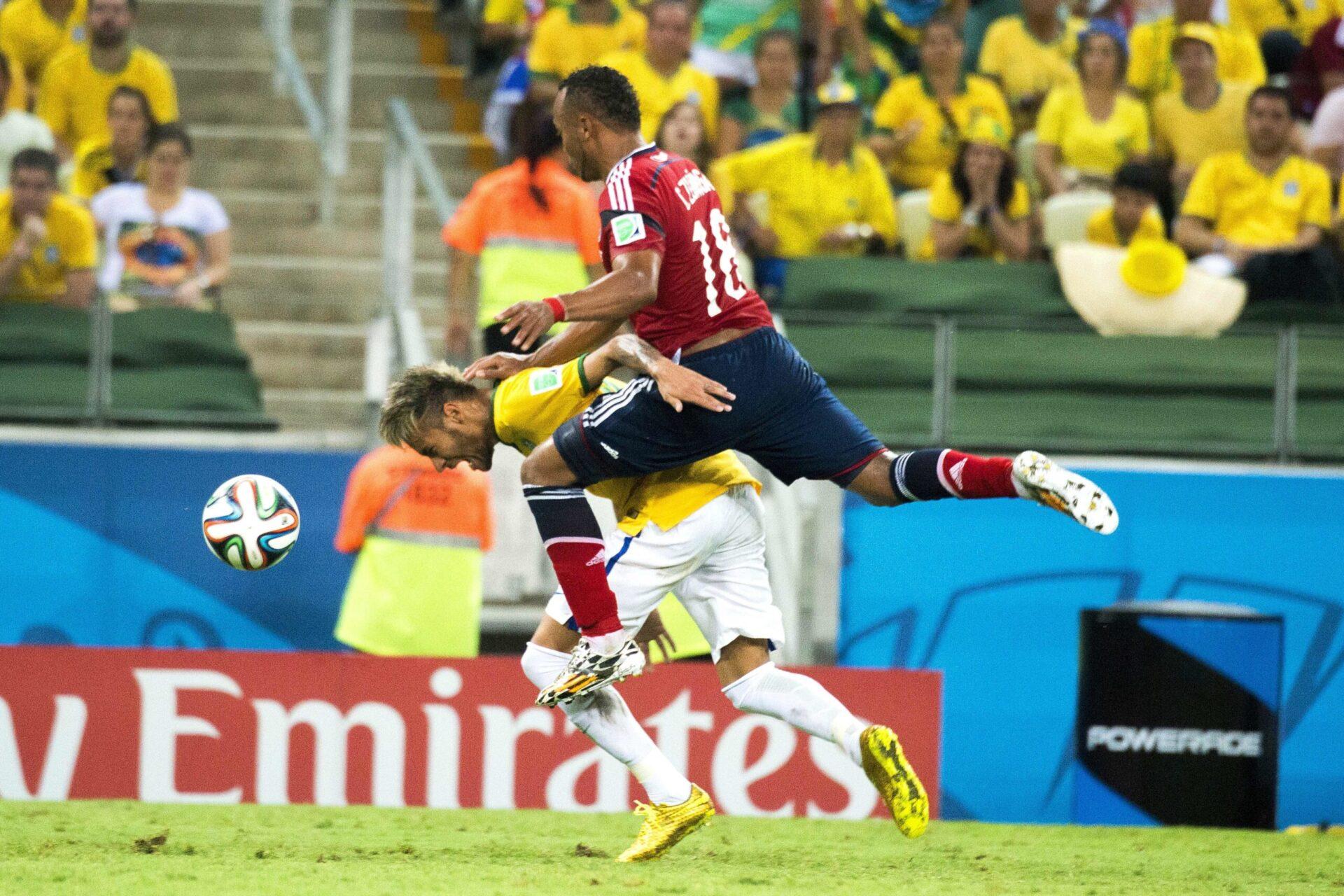 Neymar, blessé par Juan Zuniga lors du Mondial 2014, en quart de finale face à la Colombie. Icon Sport
