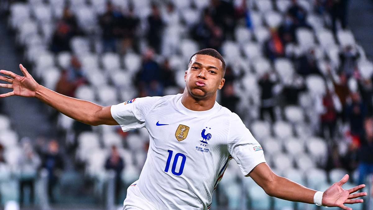 """Face à la Belgique, Kylian Mbappé est devenu le plus jeune """"cinquantenaire"""" de l'histoire de l'équipe de France (iconsport)"""